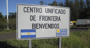 URUGUAY Y ARGENTINA, DISTINTOS PERO EN RELIDAD LO MISMO